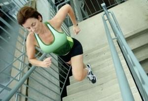 Как ходить по лестнице чтобы похудеть