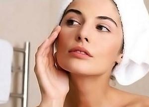 Уход за сухой кожей лица летом